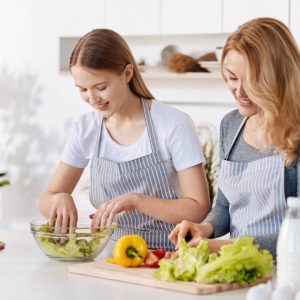 MOTHER DAUGHTER CLASS COOKING